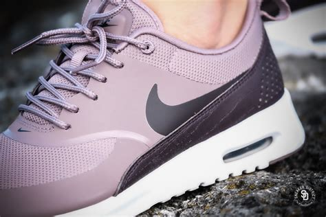 Nike Women's Air Max Thea Taupe Grey/Port Wine - 599409-203
